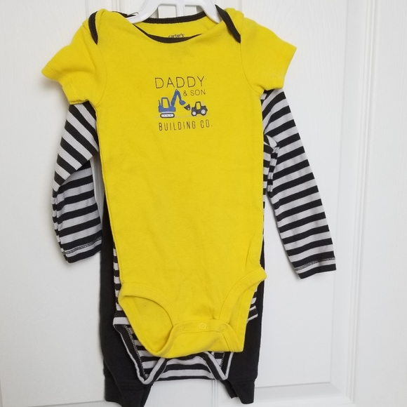 Carter's Other - Cute Carter's size 12 months construction outfit